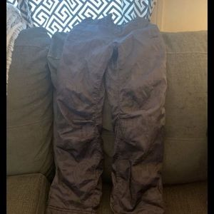 Old navy fleece lined snow pants for girls